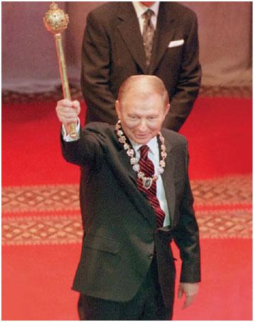 Мэр Одессы Труханов задекларировал более 200 тысяч гривен доходов за 2015 год, члены его семьи - более 1,6 миллионов - Цензор.НЕТ 6330