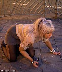 Женщина блюет фото фото 87-156